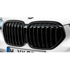 Черная решетка радиатора для BMW X1 F48 LCI
