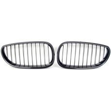 Решетка радиатора BMW E60/E61 5-серия (черная)